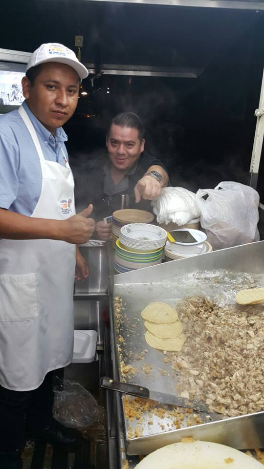 Lots of tacos going out at El Lechoncito Oro