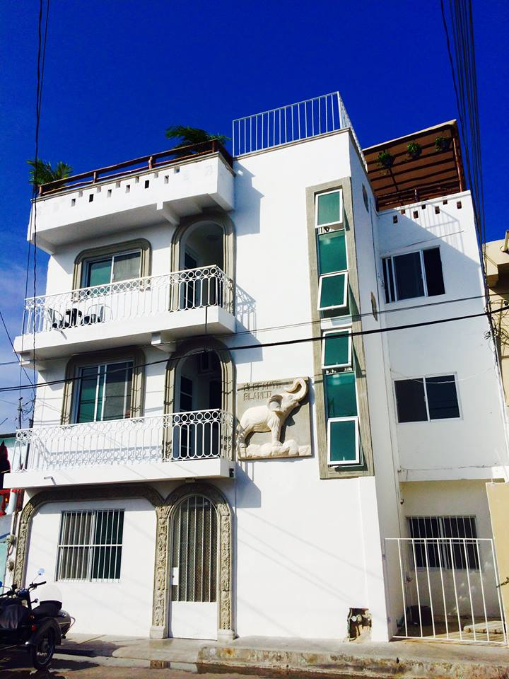 airbnb in playa del carmen - elephante blanco